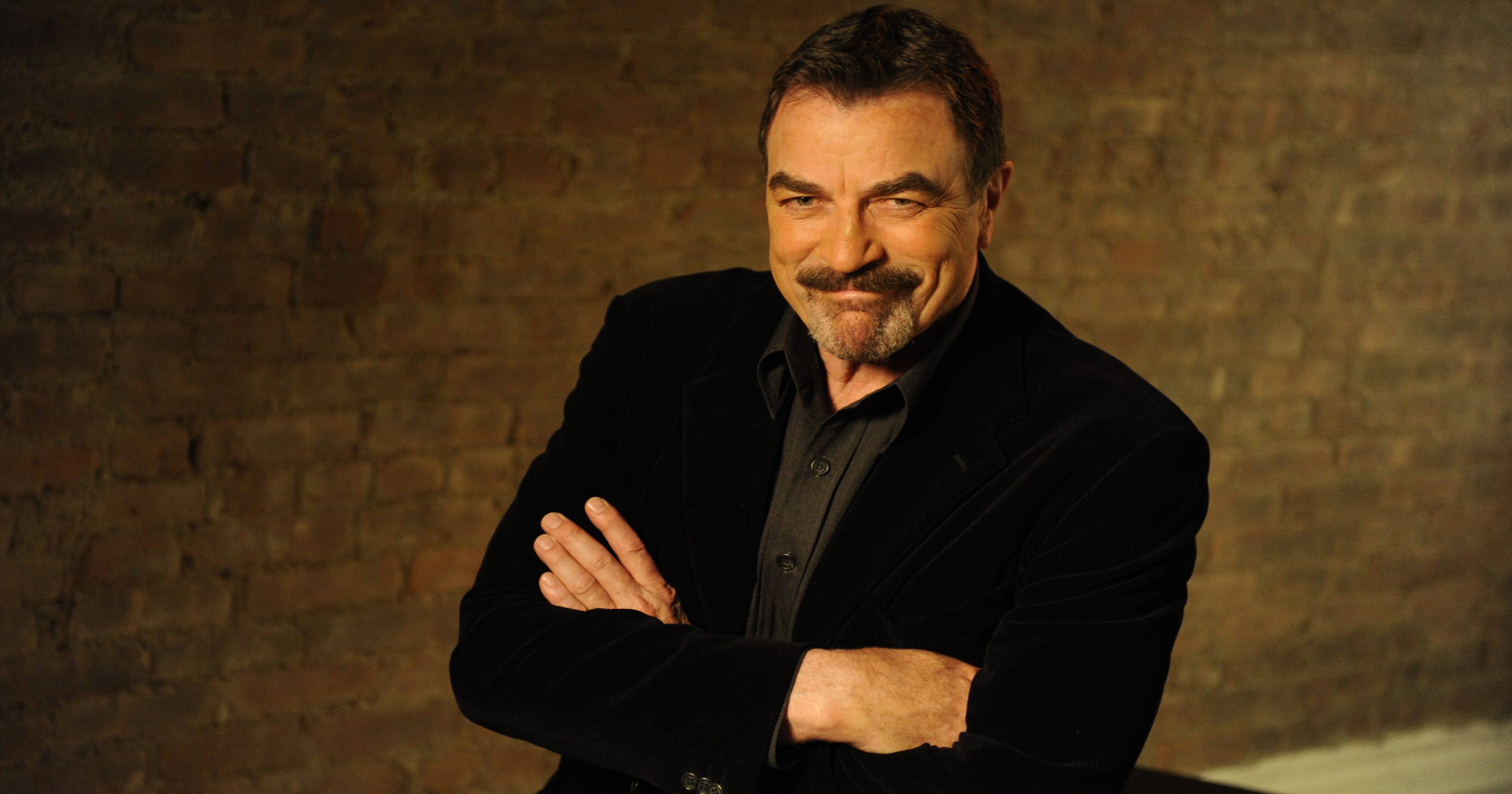 bdf685747ab79 Tom Selleck stepped down from the NRA board