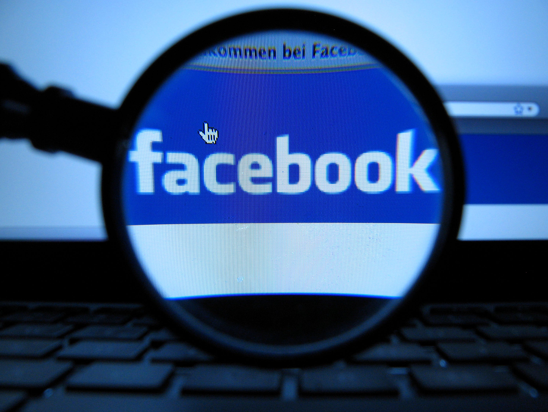 Facebook poke etiquette.
