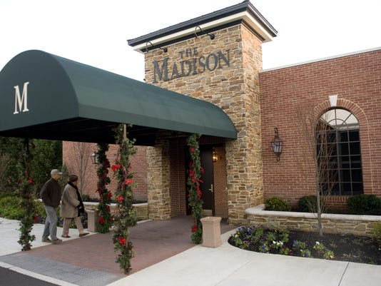 CHL 1226 CAFE MADISON
