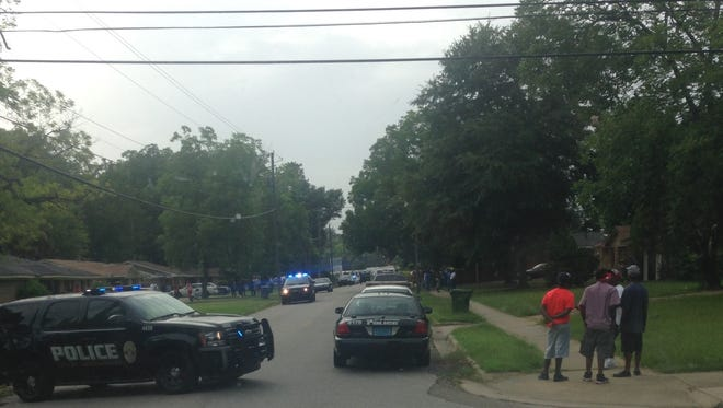 Montgomery police investigate a fatal stabbing in the 600 block of Buckingham Drive.
