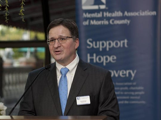 Louis Schwarcz, president and CEO of the Mental Health Association, speaks at the 13th Annual Food for Thought event.