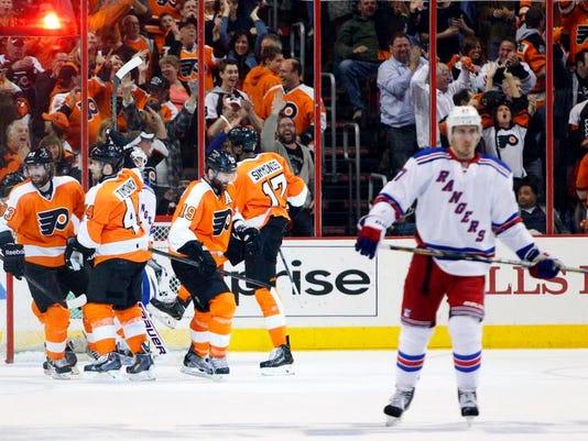 Rangers Flyers Hockey (2)