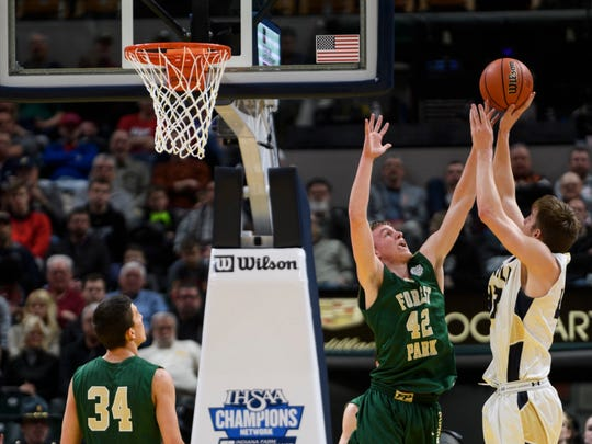 Curt Hopf (42) guards the net for Forest Park in the 2018 Class 2A state championship game. His appeal to play for Barr-Reeve this winter was denied by the IHSAA.