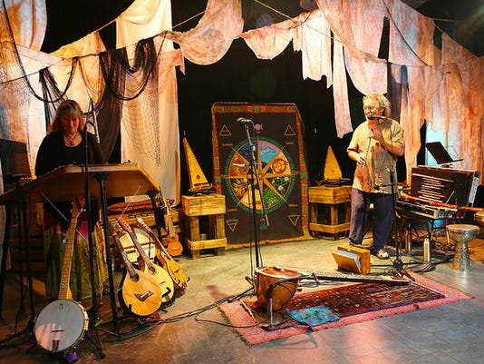 636150008233168033-The-Bards-Town-Winter-Solstice-Yule-Concert-Four-Shillings-Short-CELTIC-YEAR-PHOTO.jpg