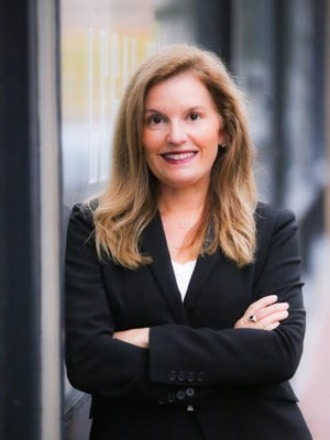 Jenna Carroll, a Merrill Lynch wealth management advisor in Newton, was named to the 2020 Working Mother/SHOOK Research's Top Wealth Advisor Moms list.