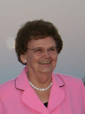 Pauline Wetjen, 90