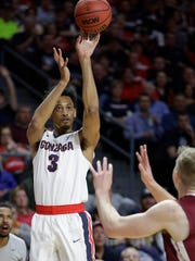 Gonzaga's Johnathan Williams shoots against Santa Clara during the first half of a West Coast Conference tournament NCAA college basketball game Monday, March 6, 2017, in Las Vegas. (AP Photo/John Locher)
