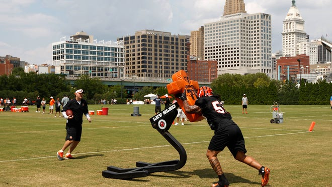 Cincinnati Bengals linebacker Rey Maualuga works out during training camp downtown.