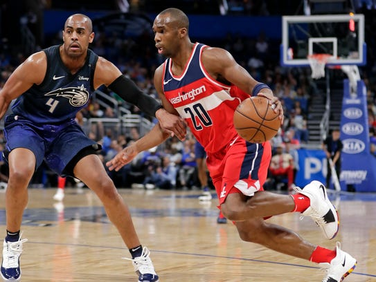 Washington Wizards' Jodie Meeks (20) drives around