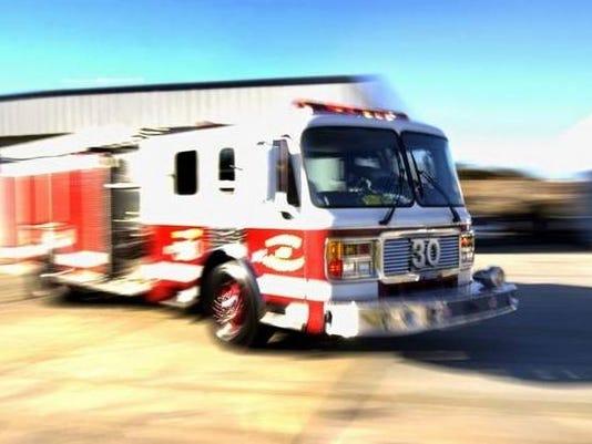 635713600812069945-fire-trucks