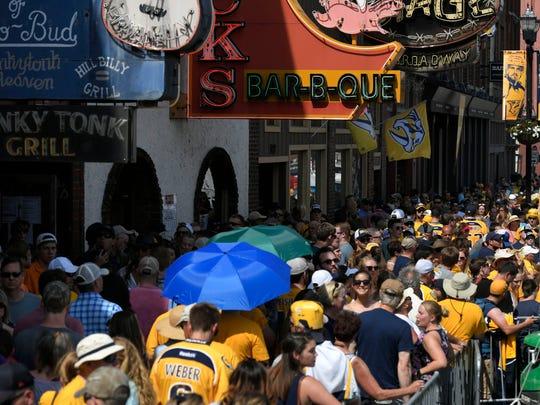 Predators fans jam lower Broadway prior to game 3 of