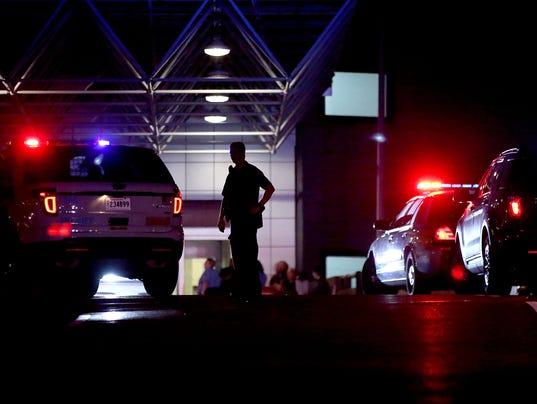 AP AIRPORT SHOOTING A USA LA