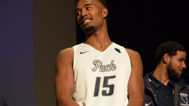D.J. Fenner debuts the Wolf Pack's new Pack script uniforms.