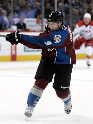 Matt Duchene and the Avalanche improved to an NHL-best 9-1.