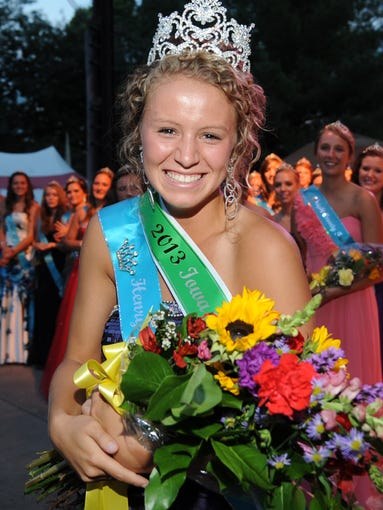 2013 Iowa State Fair Queen Kelsey Smith.