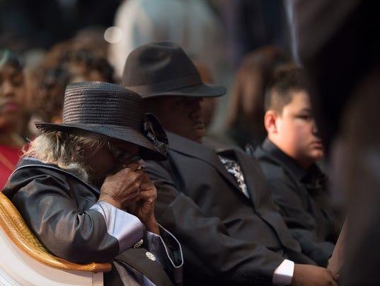 Greg Gunn funeral 02