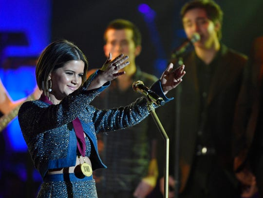 Maren Morris recognizes Keith Urban, winner of the