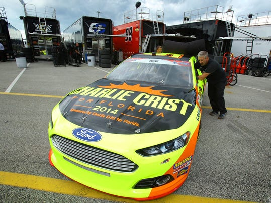 NASCAR Crist Race Car_grue.jpg
