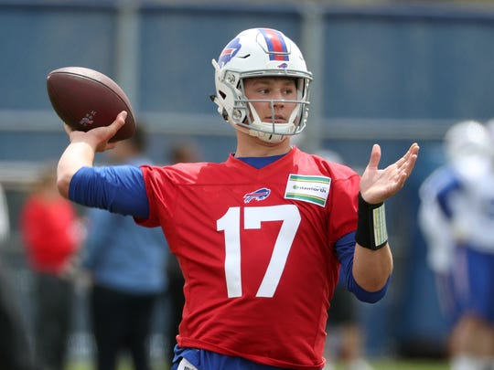 Buffalo Bills top draft pick quarterback Josh Allen takes part in drills during rookie camp.