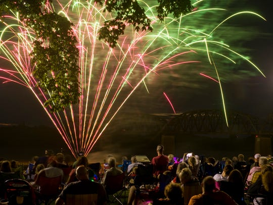 DENNY SIMMONS / THE GLEANER Fireworks light up the