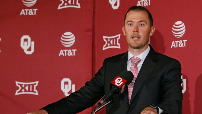 Oklahoma Sooners coach Lincoln Riley.