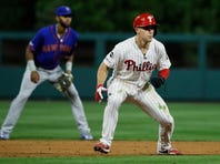 Kingery lifts Phillies over Mets 5-2 to avoid sweep
