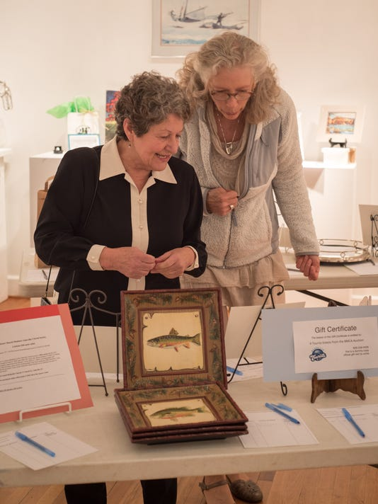 BMn 021518 Arts auction
