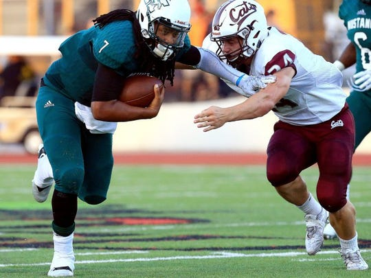 photos by GABE HERNANDEZ/CALLER-TIMES Calallen's Rayce Deal had 11 tackles in last week's win against King and leads the team with 34 this season, including 17 solo stops.