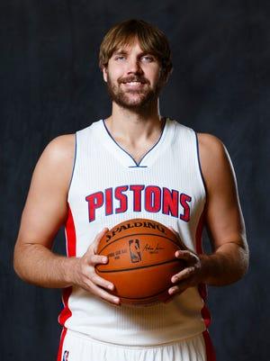 Detroit Pistons center Aaron Gray.