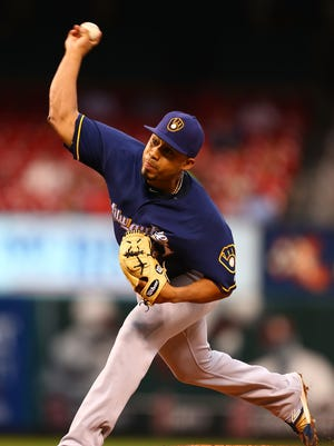 Starter Junior Guerra pitches against the St. Louis Cardinals in the first inning at Busch Stadium on September 8, 2016.