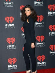 Actress/singer Idina Menzel attends the 2016 iHeartRadio