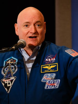 Scott Kelly speaks at the first Desert Town Hall of the year in Indian Wells, Monday, Jan. 16, 2017.