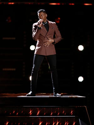 "Chris Blue performs in ""The Voice"" Top 12 Live Shows."