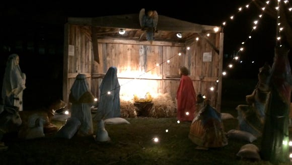 A manger scene brings solemn beauty to downtown Wisconsin