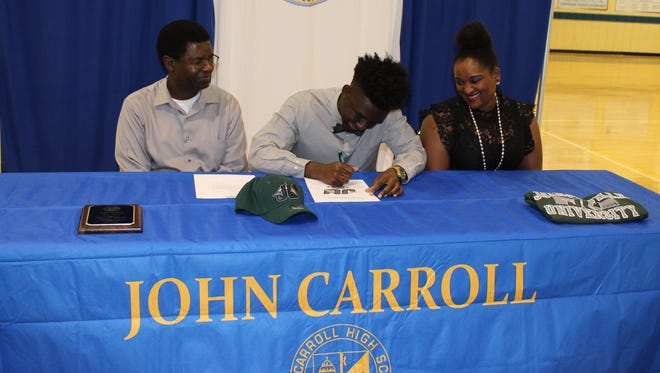Congratulations to Darrell Decius, a John Carroll High School senior, who signed a letter of commitment to play football for Jacksonville University.