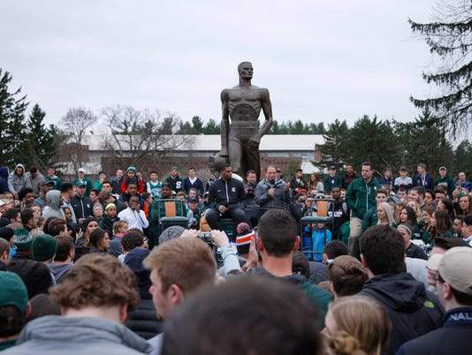 Miles Bridges, Tom Izzo, Sparty Statue