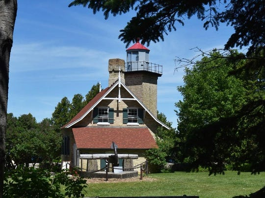 Eagle Bluff Lighthouse as it looks during daylight