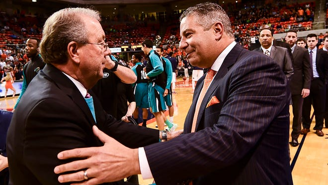 Coastal Carolina's Cliff Ellis, the second-winningest coach in Auburn history, defeated his former program and Auburn coach Bruce Pearl Friday night.