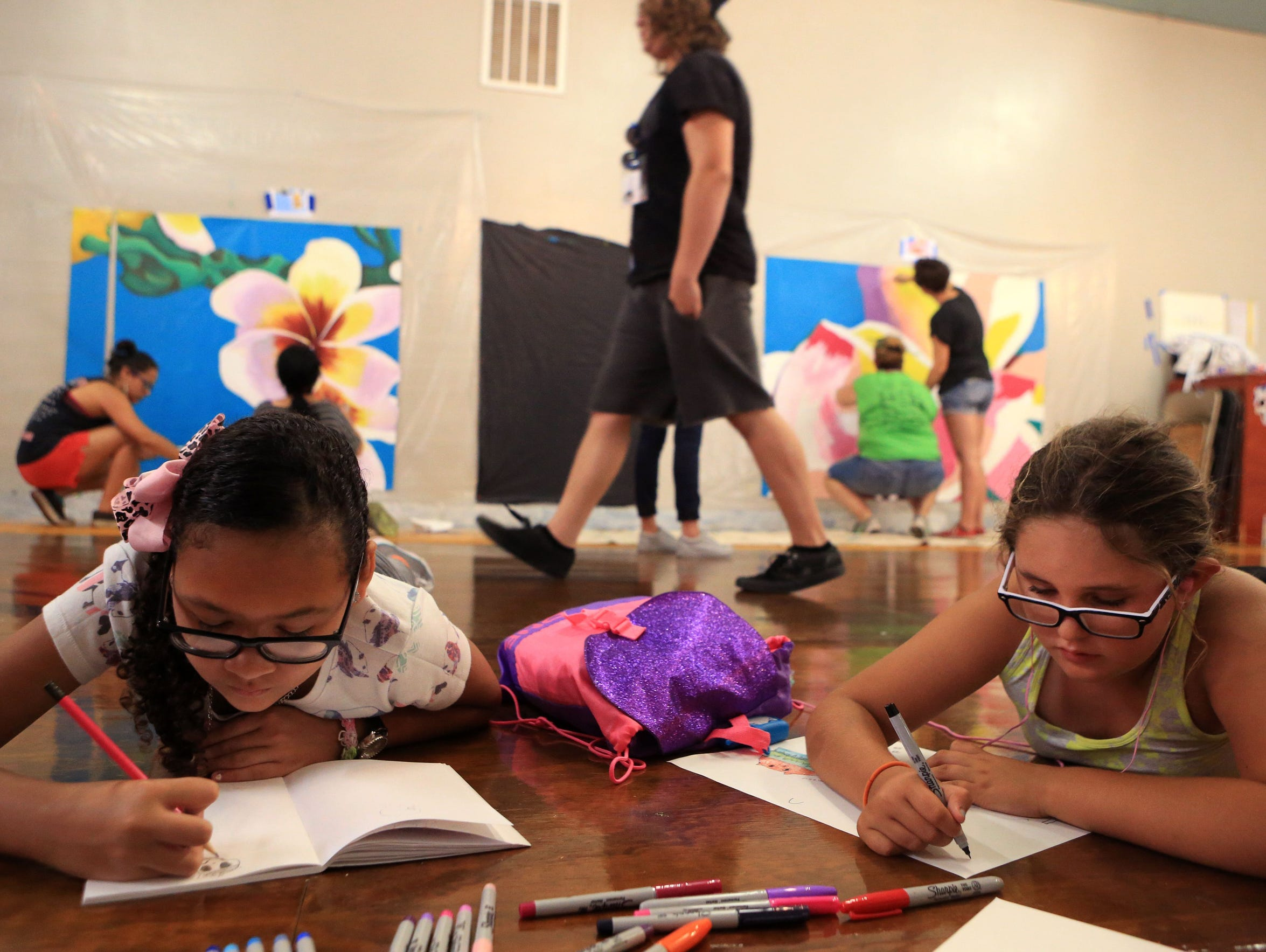 Campers create their own mural during the K Space Contemporary