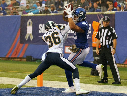 New York Giants tight end Evan Engram catches a touchdown