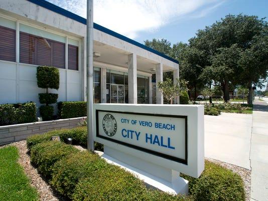 636154136507960296-Vero-Beach-City-Hall.jpg