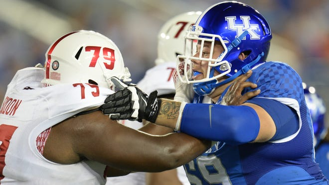 UK DT Matt Elam during the first half of the University of Kentucky football game against Louisiana-Lafayette at Commonwealth Stadium in Lexington, Ky., on Saturday, September 5, 2015.