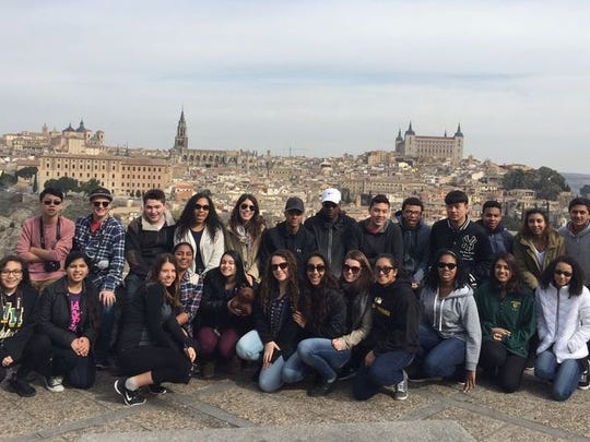 A group of Upper School students and four chaperones from The Wardlaw-Hartridge School in Edison enjoyed a wonderful 10-day trip to Spain during Spring Break.