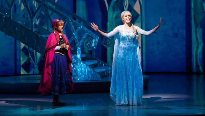 Anna and Elsa in 'Frozen - Live at the Hyperion.'
