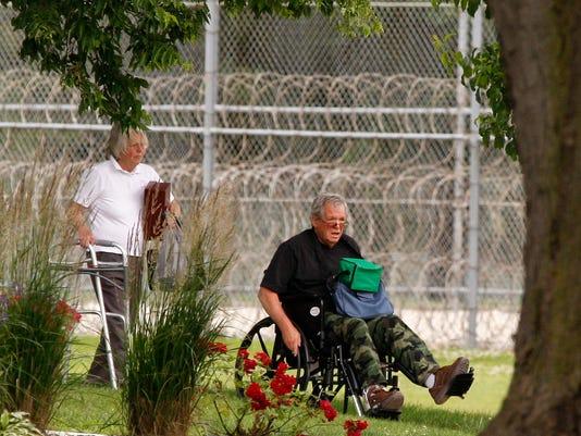Dennis Hastert prison