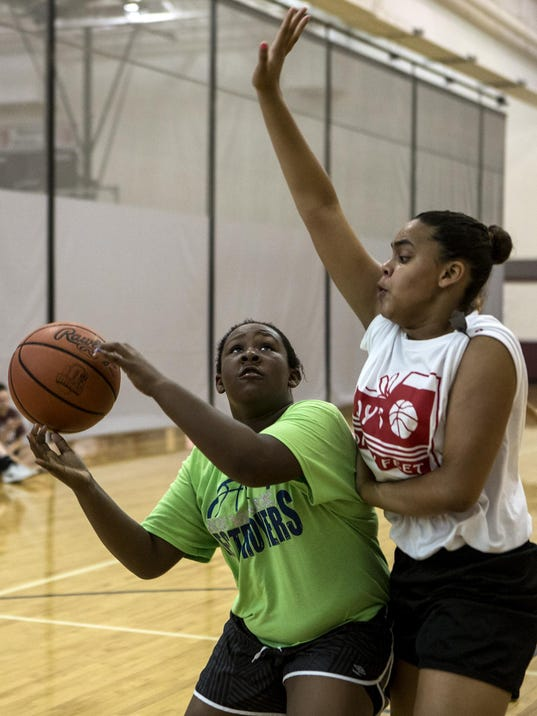 01_new_071815_3 on 3