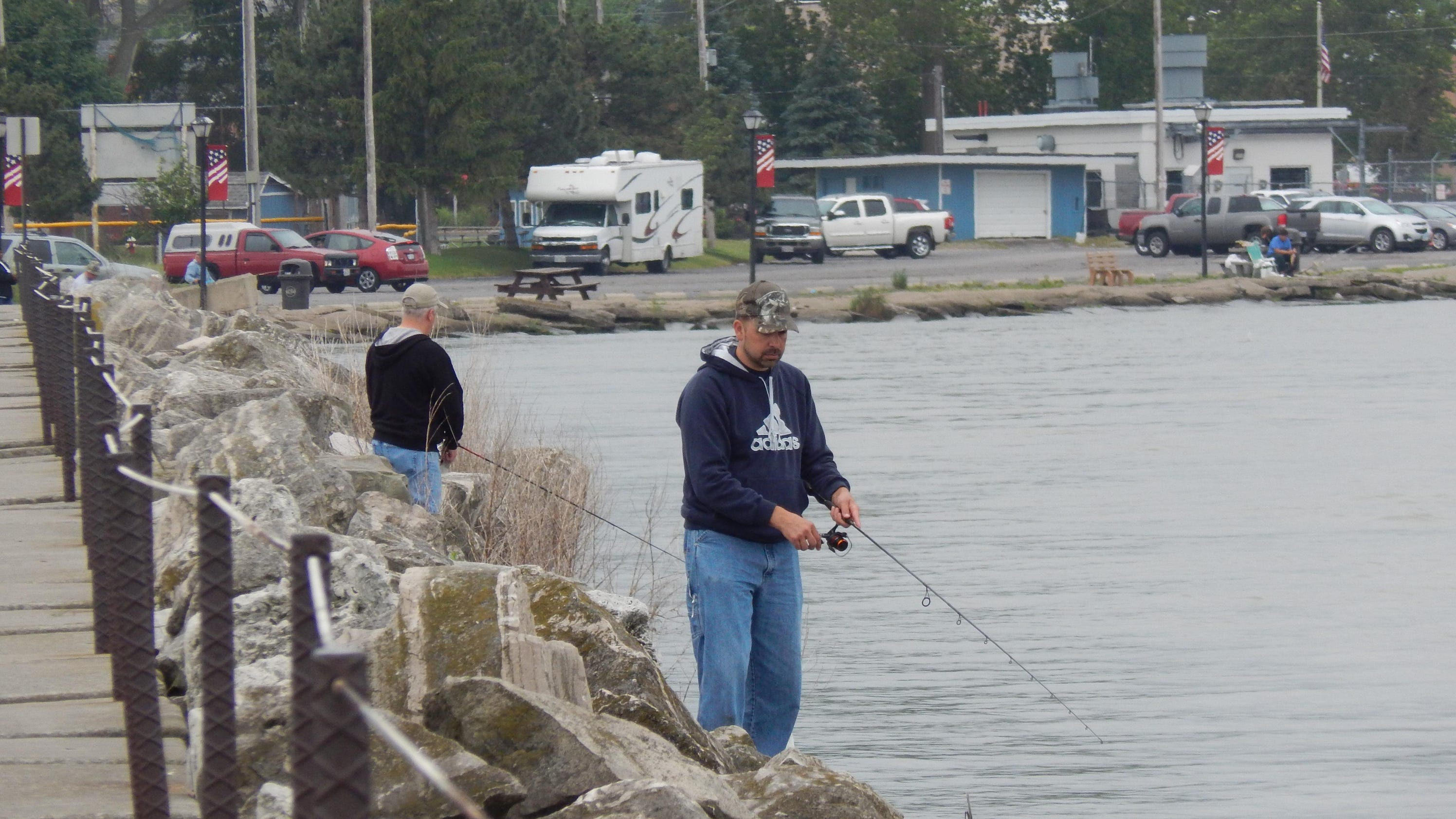 Fishing report catfish are biting in sandusky bay for Seven b s fishing report