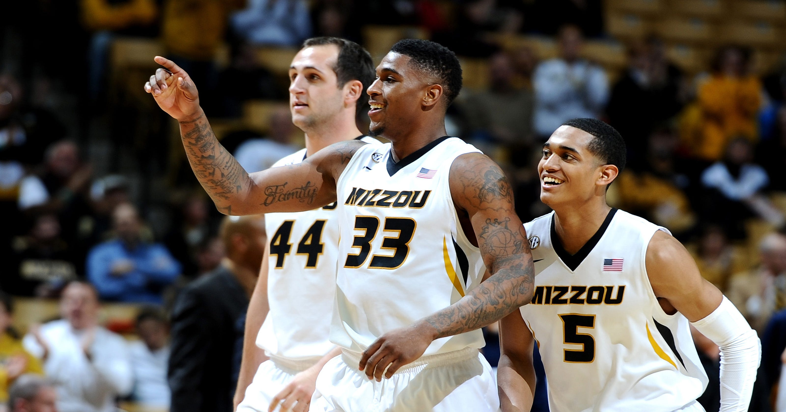official photos c67dc 47a79 Missouri tops West Virginia in Big 12/SEC Challenge