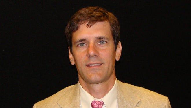 Dr. Thomas E. Dobbs III