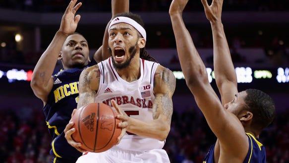 Michigan_Nebraska_Basketball_NENH113_WEB983012